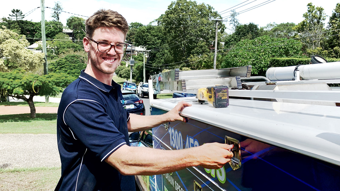Hot water system plumber in Brisbane